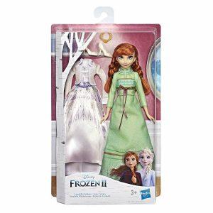 Hasbro Disney Frozen 2 - Anna di Arendelle fashion doll con 2 completi