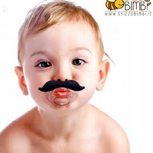 Ciuccio con i baffi